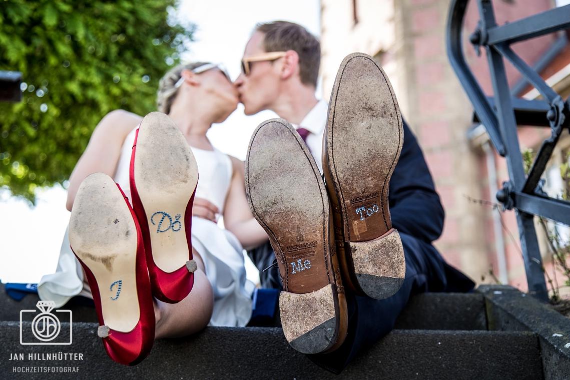 Romantisches-Brautpaar-Portrait-Schiffshochzeit-Dortmund