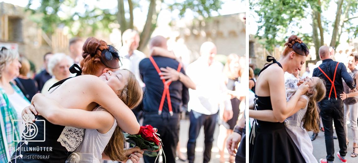 Rockabilly-Hochzeit-Burg-Eltville-Gratulationen