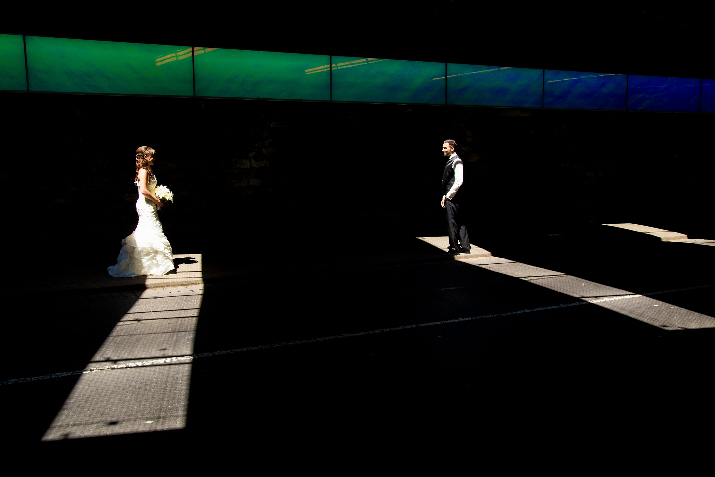 hochzeitsfotograf mainz Ausgefallenes Hochzeitsfoto Mainz Bahnunterfuehrung