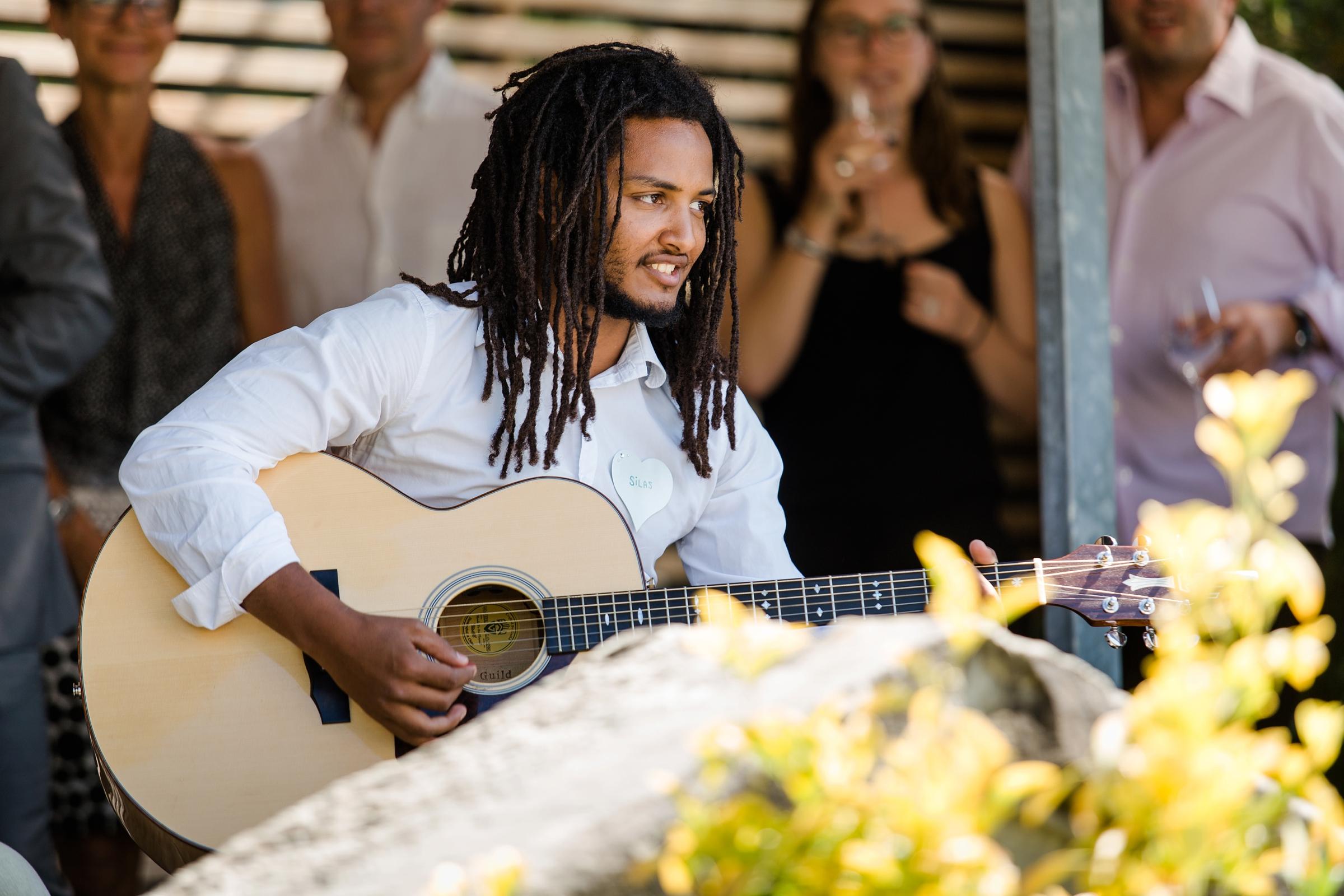 Hochzeitsfotograf-Zuerich-Band-Musiker-Giardino-Verde-Uitikon