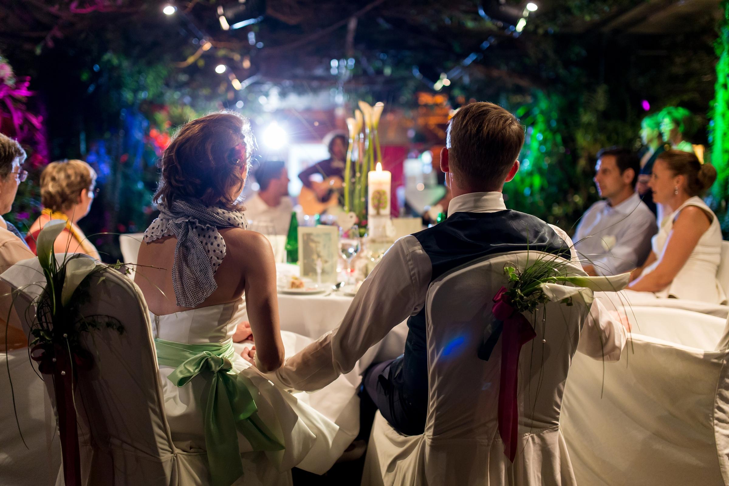 Hochzeitsfotograf-Zuerich-Giardino-Verde-romantisches-Brautpaar