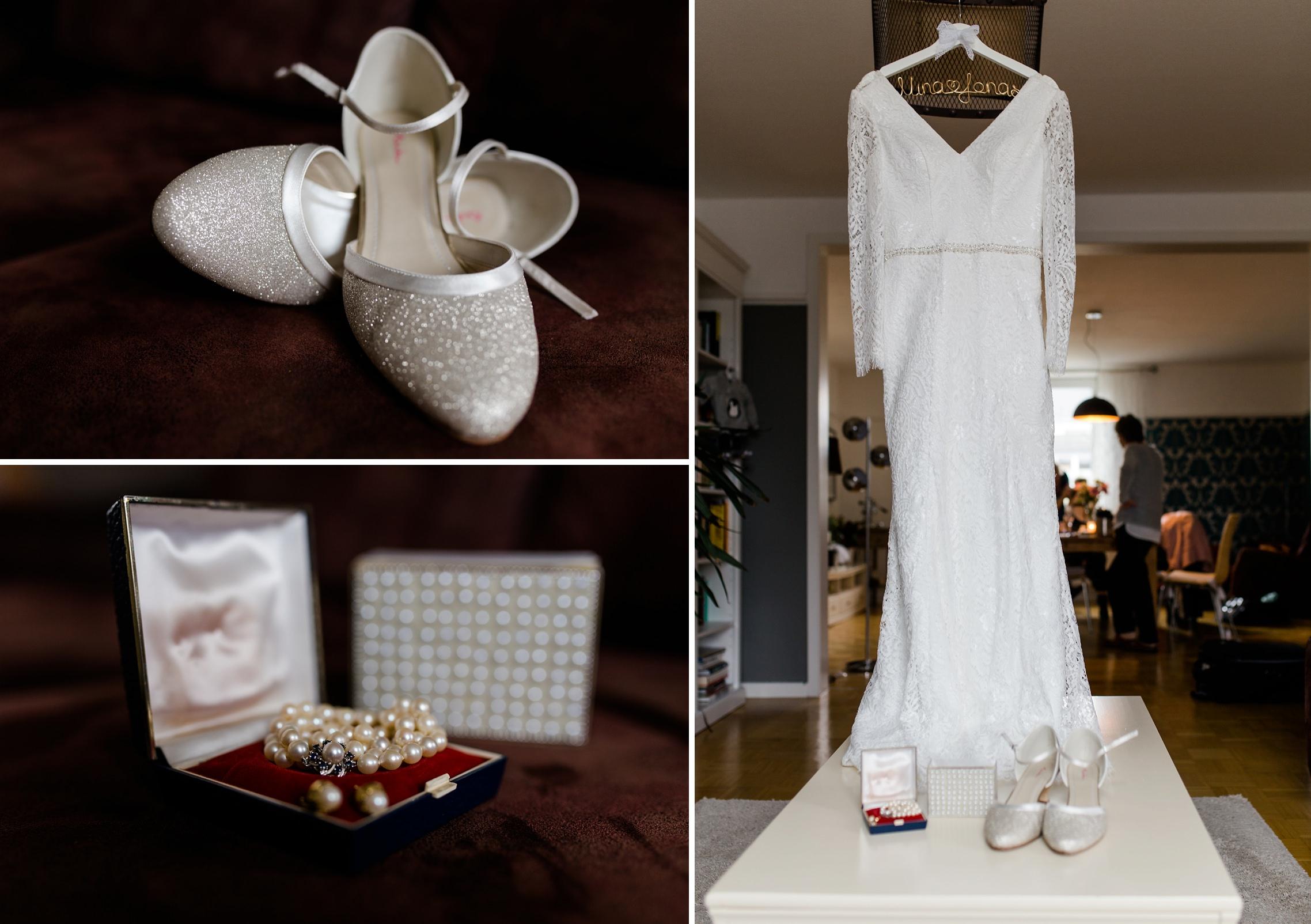 Das Brautoutfit mit den Brautschuhen, der Perlenkette und den Ohrringen, sowie dem Hochzeitskleid