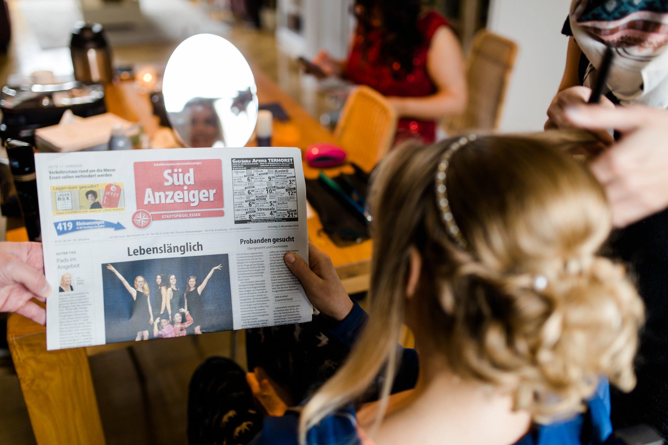 Lustige Schlagzeile am Hochzeitstag im Süd Anzeiger: Lebenslänglich