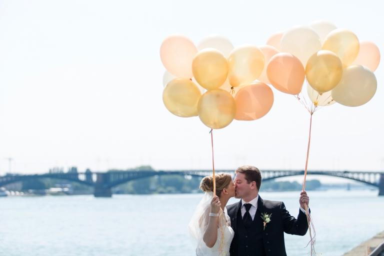 hochzeitsfotograf mainz Rhein Rheinpromenade Hochzeitsreportage