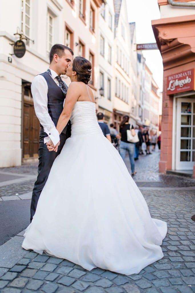 Hochzeitspaar-Mainz-Augustinergasse-Altstadt