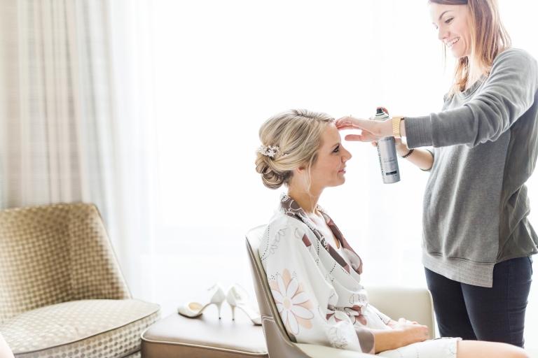 Hochzeitsreportage-Mainz-Hyatt-Getting-Ready-Brautvorbereitung