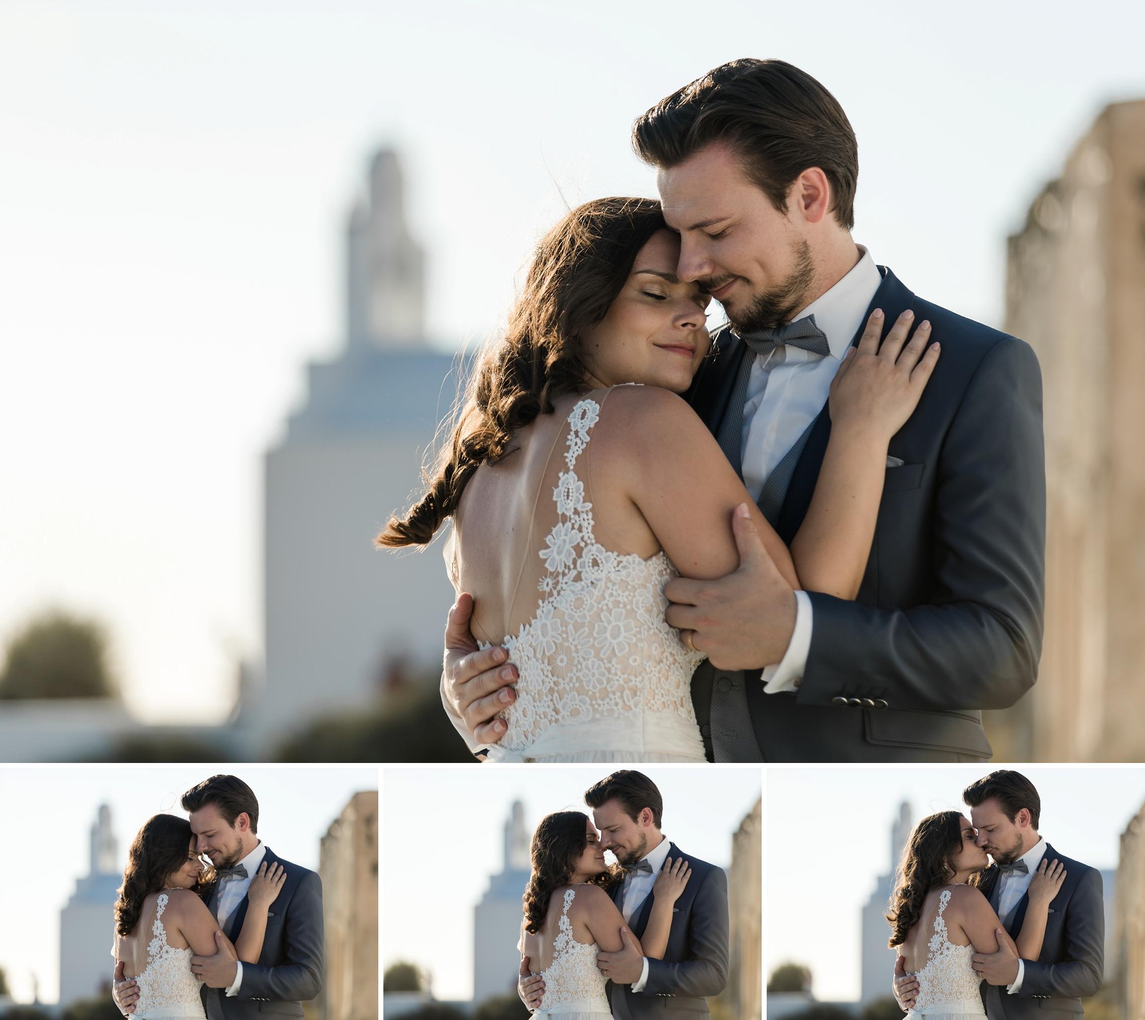 After-Wedding-Shooting Santorini: Braut und Bräutigam küssen sich bei tiefstehender Sonne auf Santorini. Bilderfolge mit vier Fotos.
