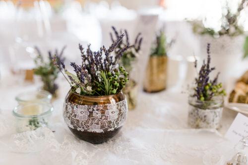Blumenschmuck Hochzeitsdeko